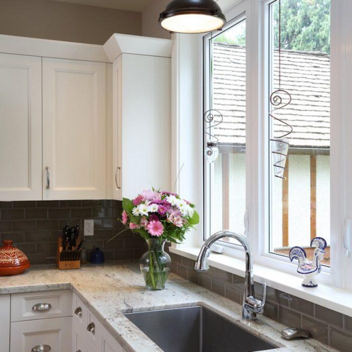 Sinclair-North-Shore-Custom-Built-Home-Kitchen-4