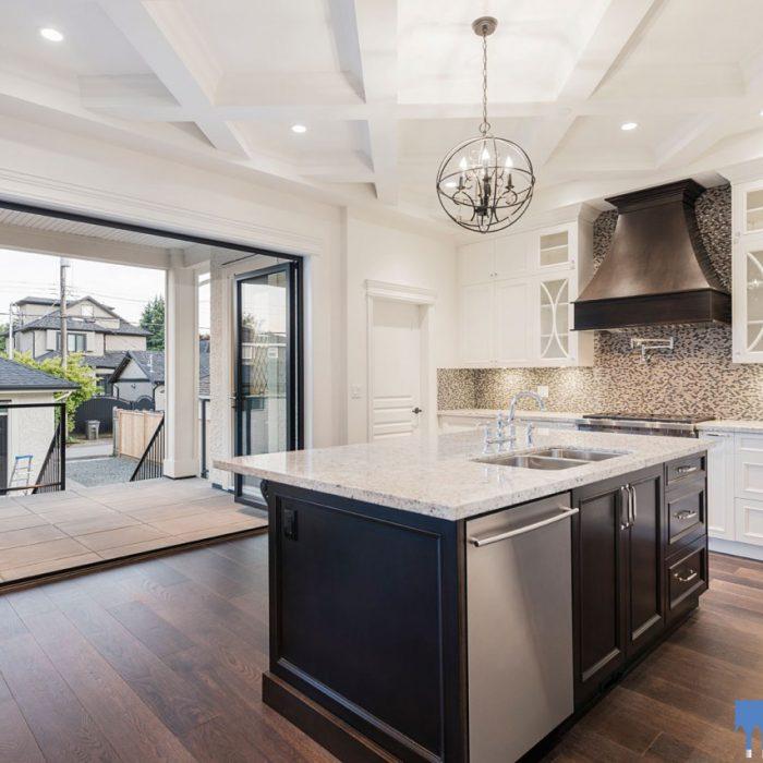 Custom-built-vancouver-home-kitchen-nanawall